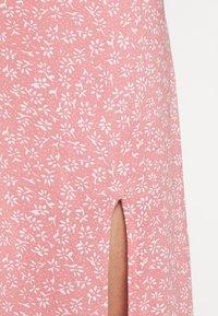 Hollister Co. - SLIP SKIRT - A-line skirt - coral - 4