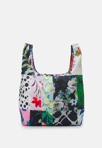 Desigual - BOLS PATCH ARGELIA - Tote bag - white - 0