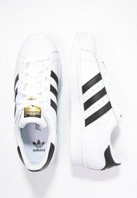 adidas Originals - SUPERSTAR - Baskets basses - white/core black - 1