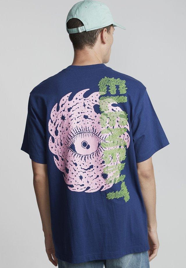 SPACE TYPHOON - T-shirt print - blue depths