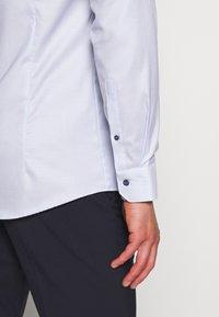 OLYMP - SLIM FIT  - Formal shirt - bleu - 5
