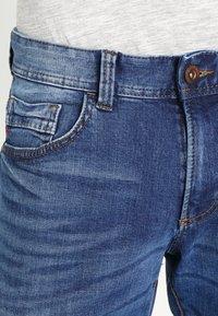 camel active - 9Z54 HOUSTON - Straight leg jeans - stone blue - 3