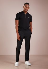 BOSS - PAULE SLIM FIT - Polo shirt - black - 1