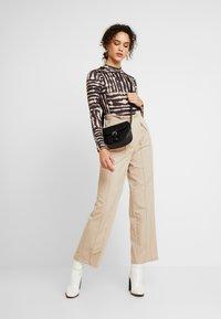 Miss Selfridge - DYE FUNNEL - Long sleeved top - multi - 1
