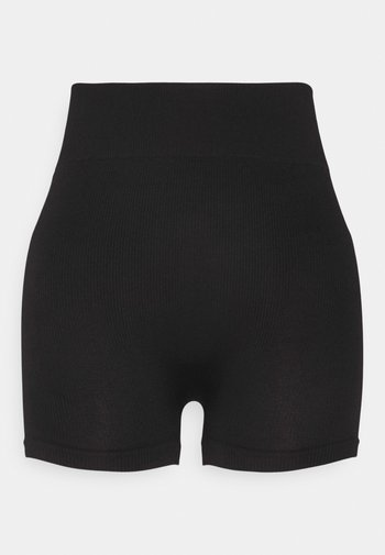 SEAMLESS SHORT CYCLE SHORTS
