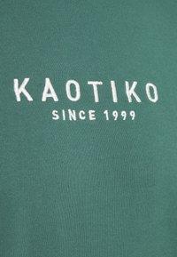Kaotiko - CREW SETH UNISEX - Sudadera - eura - 2