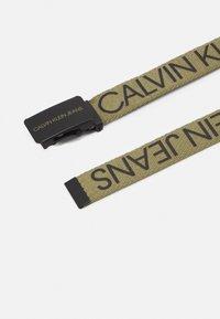 Calvin Klein Jeans - LOGO BELT UNISEX - Belt - olive/khaki - 1