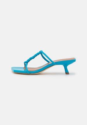 CLEO  - Heeled mules - blue
