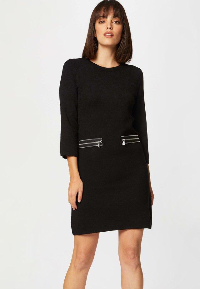 STRAIGHT  WITH ZIPPED DETAILS - Vestido de punto - black