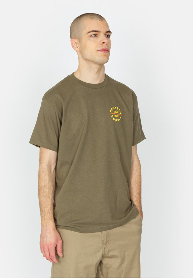 OATH V - T-shirt imprimé - olive