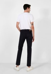 Scalpers - FIVE POCKETS PANTS - Trousers - navy - 3