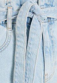 Gina Tricot - PAPERBAG DENIM SHORTS - Denim shorts - light blue - 2
