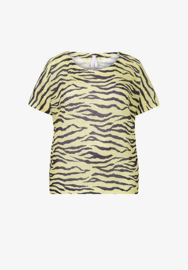 BETTY  - T-shirt print - light yellow