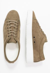 ETQ - Trainers - forest green - 1