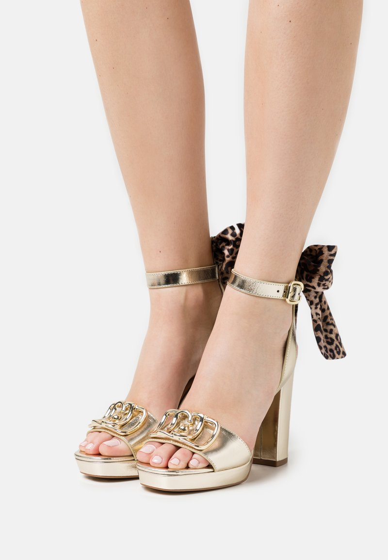 Liu Jo Jeans - HEBE - Platform sandals - light gold