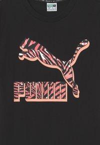 Puma - CLASSICS LOGO UNISEX - Print T-shirt - puma black - 2