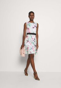 Anna Field - Jersey dress - light green/pink