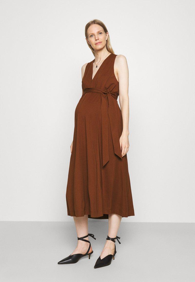 IVY & OAK Maternity - DOREEN - Maxi dress - marsalla