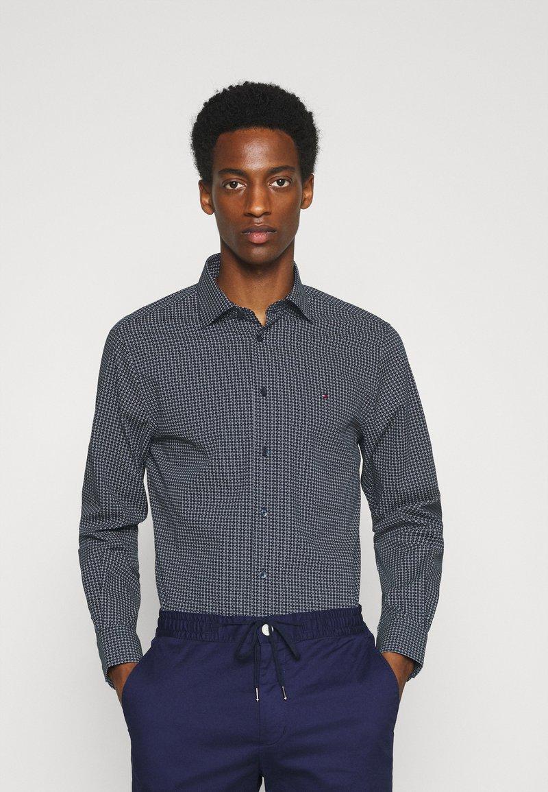 Tommy Hilfiger Tailored - GEO DOT - Formal shirt - navy/light blue