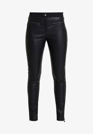 PERSY - Kalhoty - black