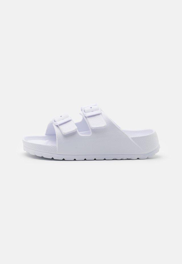 TWIN STRAP SLIDE UNISEX - Pantofle - matte white