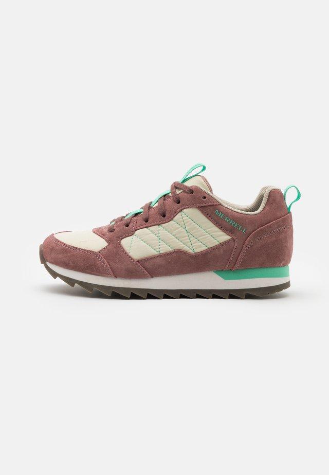 ALPINE - Sneakersy niskie - burlwood