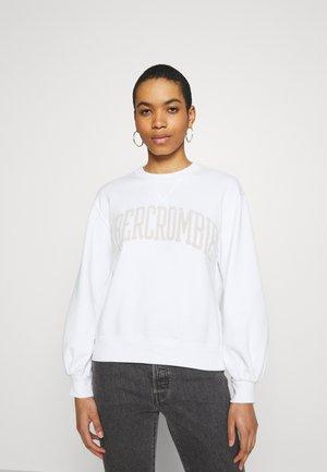 SEASONAL COLLEGIATE LOGO CREW - Sweatshirts - white