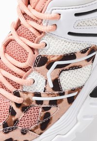Guess - MARLIA - Sneakers - blush - 2