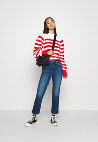 Scotch & Soda - LOOSE FITTED PULLOVER IN SPECIAL BRETON - Svetr - off white/red - 1