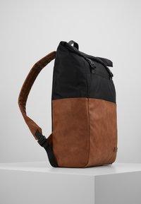 Pier One - UNISEX - Plecak - brown/black - 3