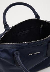 Marc O'Polo - MINI TOTE - Kabelka - true navy - 4