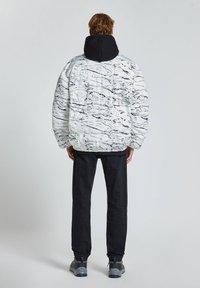 PULL&BEAR - Winter jacket - off-white - 2