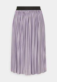 lavender gray/black