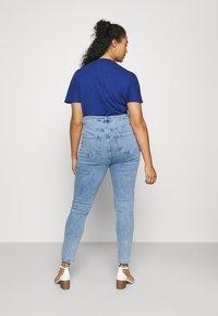 Missguided Plus - Slim fit jeans - blue - 2