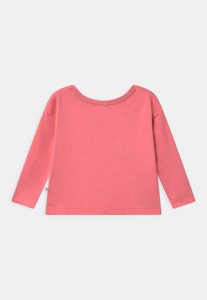 BETHANY BOXY - Maglietta a manica lunga - guava pink