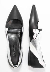 Sportmax - FASE - Ankle strap ballet pumps - nero - 3