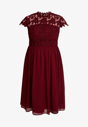 ELLA LOUISE DRESS - Cocktailjurk - wine asjoey dress