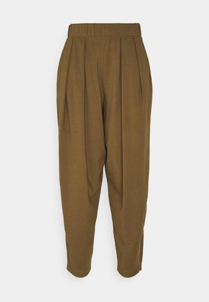 PIERA - Tracksuit bottoms - gold grun braun