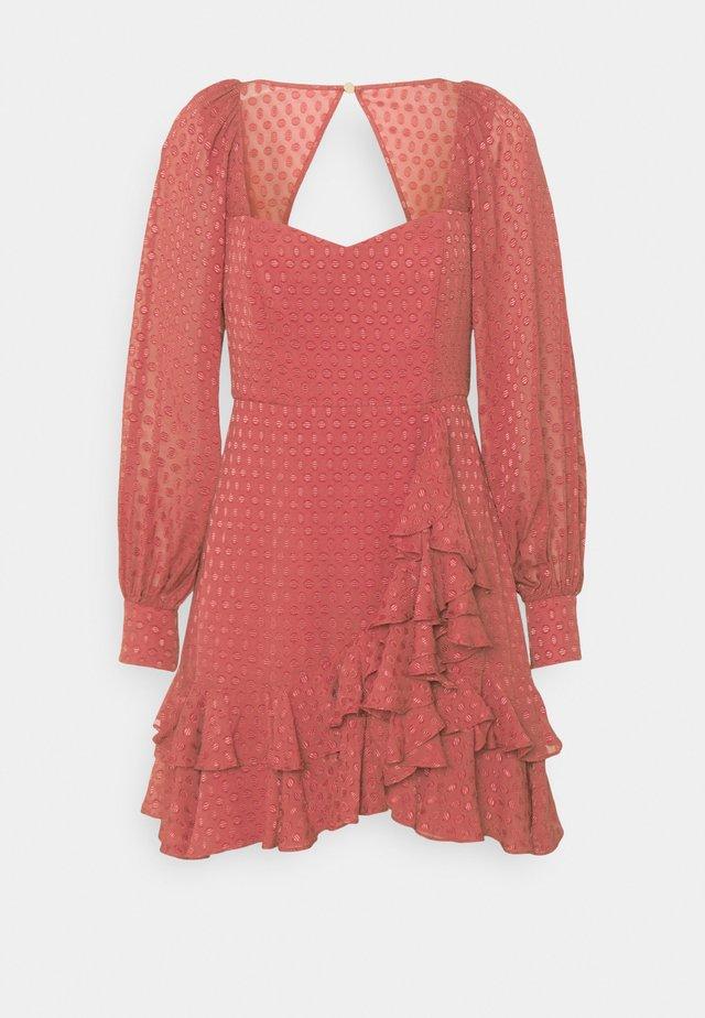 DOBBY SKATER - Denní šaty - dusty blush