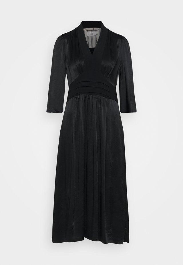 DRESSY CREPE - Vestito elegante - black