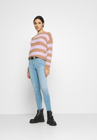 ONLY - ONLROYAL LIFE - Jeansy Skinny Fit - light blue denim - 1