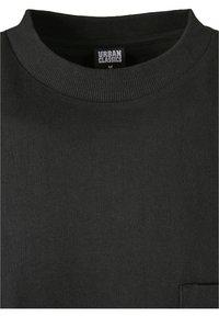 Urban Classics - HEAVY BOXY POCKET TEE - T-shirt - bas - black - 6