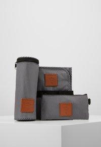 Lässig - TENDER CIPO BAG SET - Baby changing bag - cognac - 5