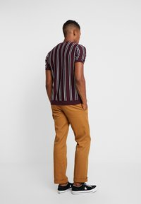 Topman - STRIPE CREW - T-shirt basic - burgundy - 2