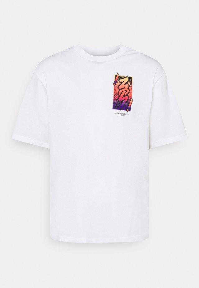 ZION TEE - Print T-shirt - white