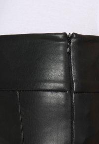 VILA PETITE - VINNIS COATED  - Leggings - Trousers - black - 5