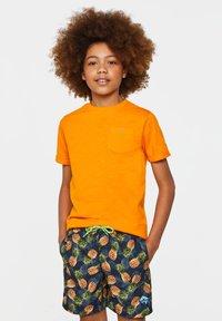 WE Fashion - T-shirt basic - bright orange - 1