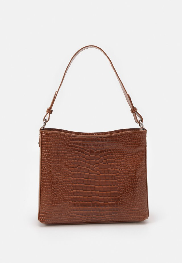 AMBLE CROCO - Handtas - tawny brown