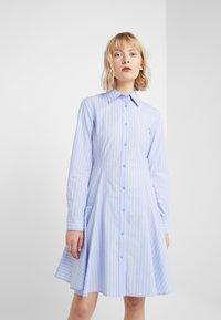 Steffen Schraut - BELLE SUMMER DRESS - Shirt dress - miami stripe - 0