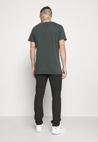 Cotton On - Chinos - charcoal prince of wales - 2